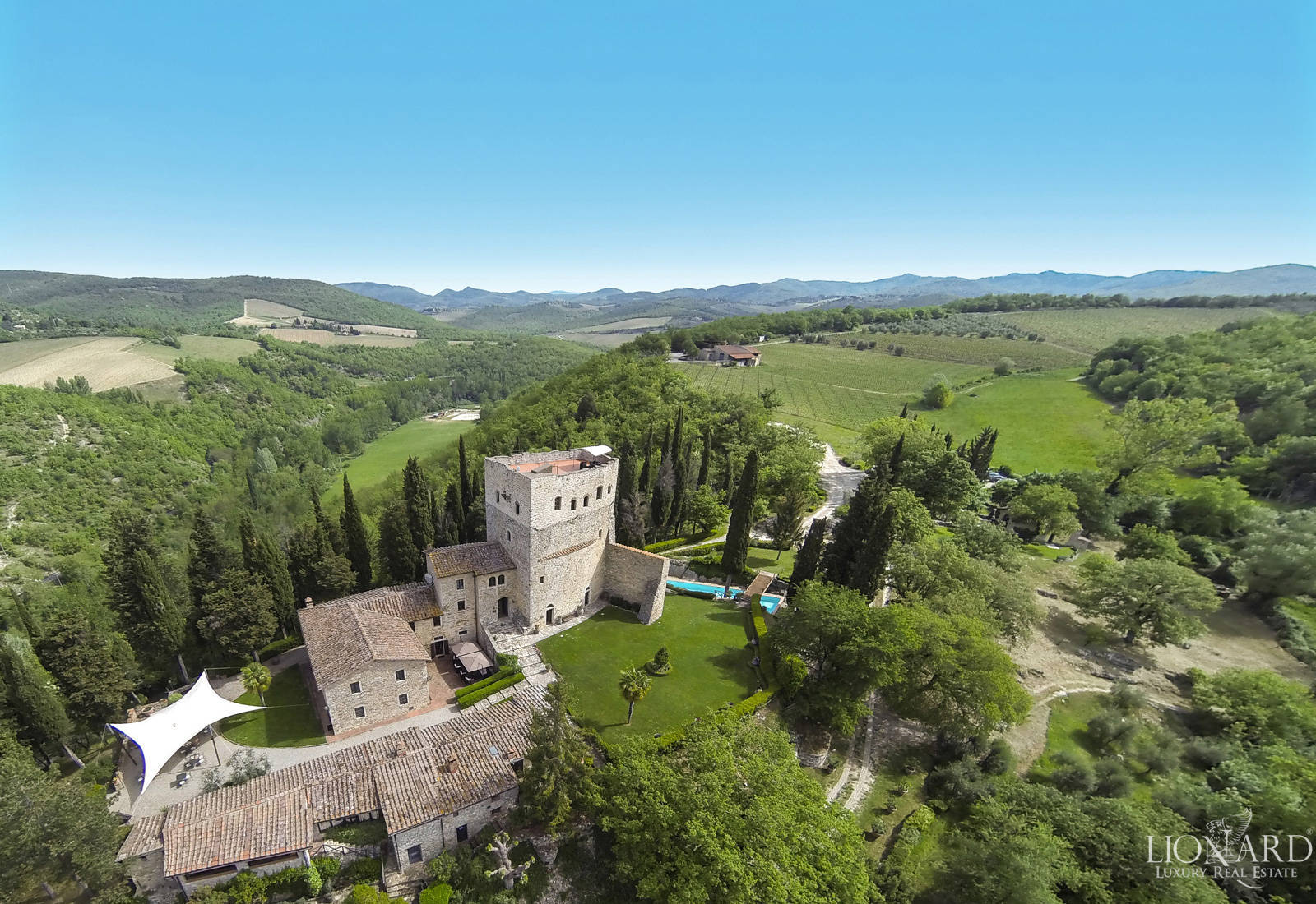 Castles for sale in Tuscany