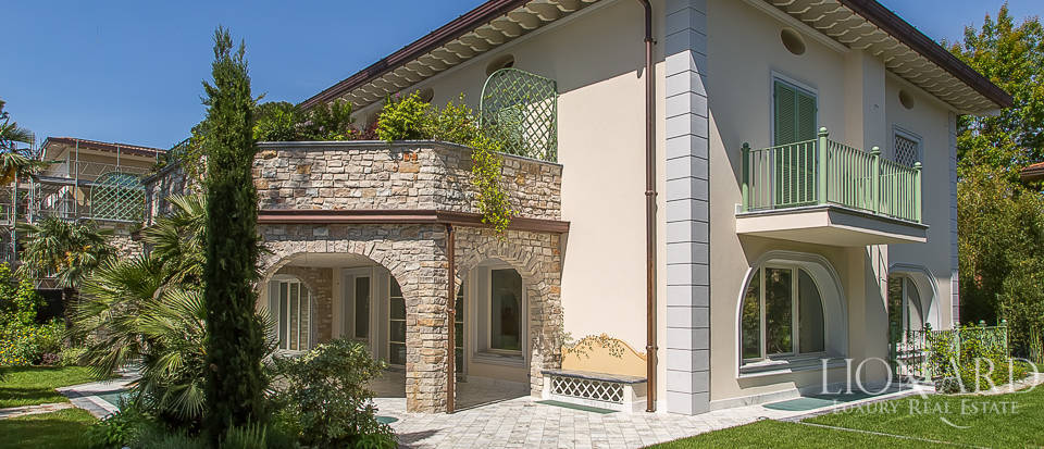 Luxury home for sale in Versilia Image 10