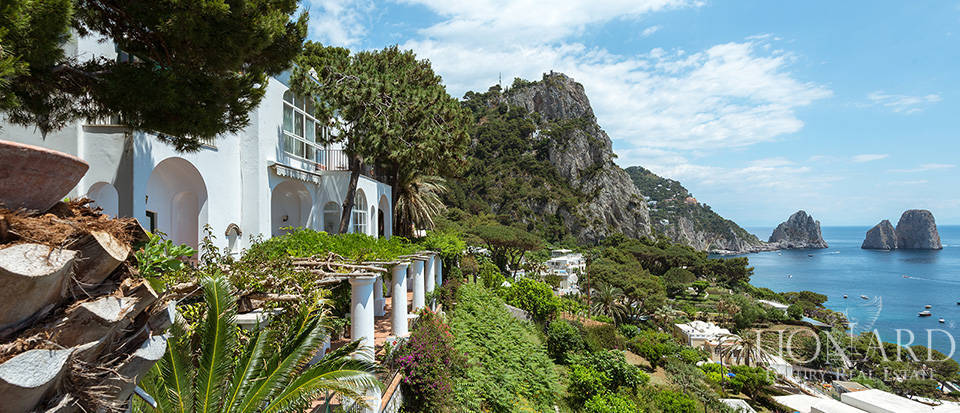 Dream homes in Capri  Image 3