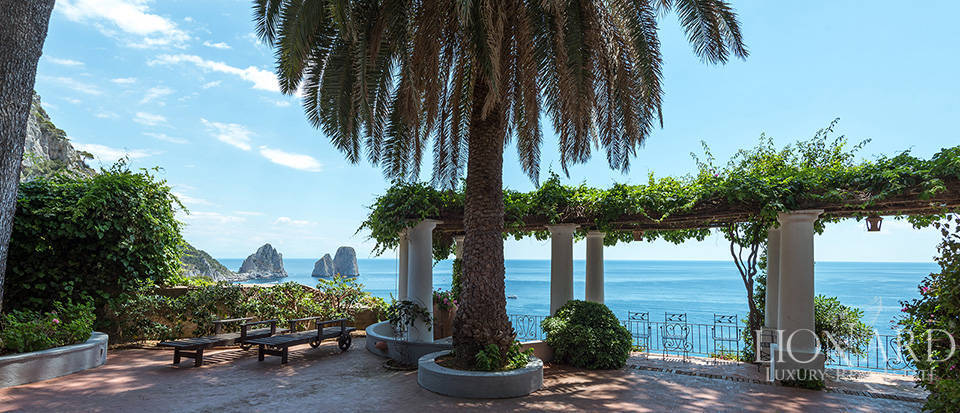 Dream homes in Capri  Image 5