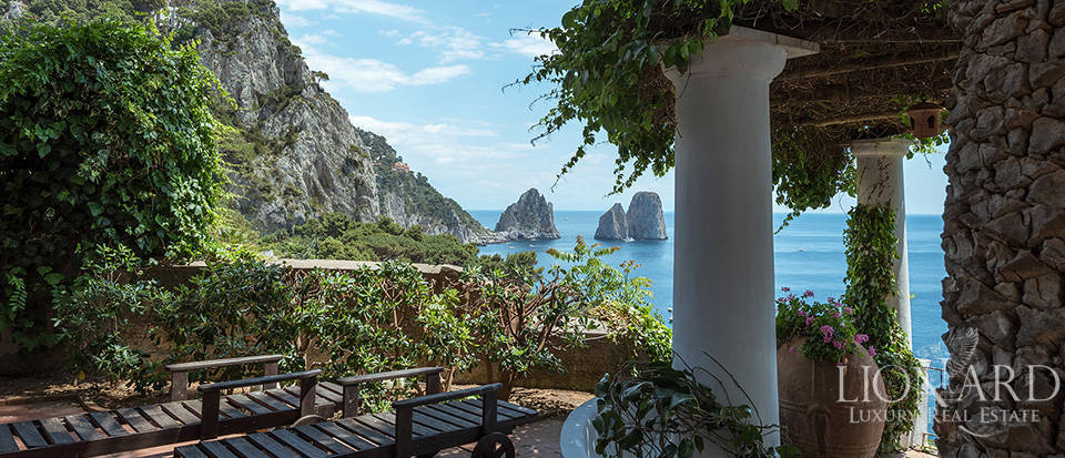 Dream homes in Capri  Image 6