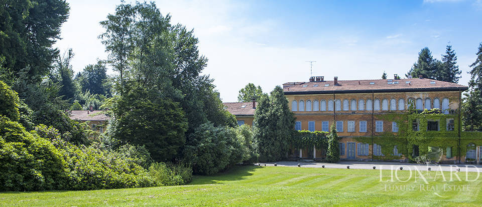 Luxury villas in Lombardy Image 12