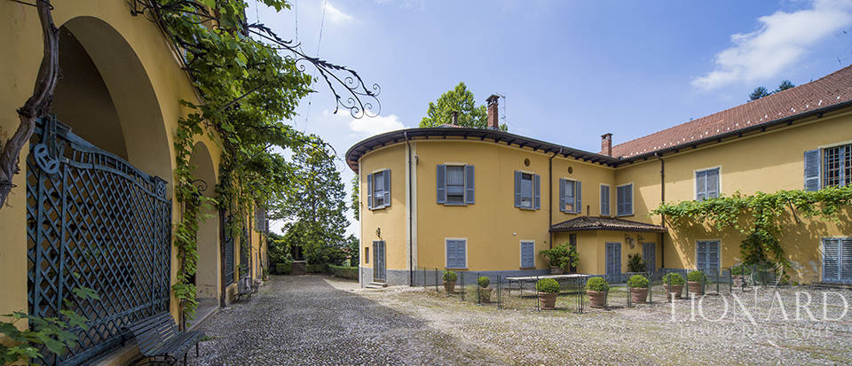 Luxury villas in Lombardy Image 27