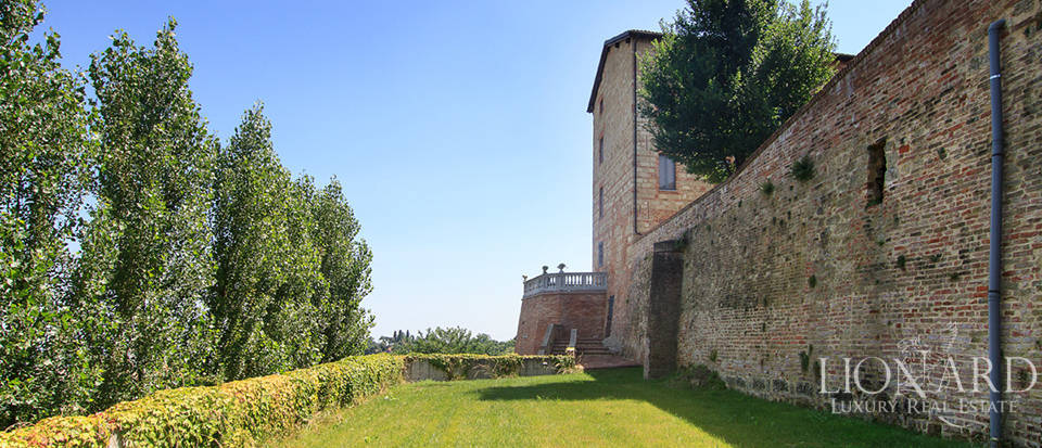 Castles for sale in Piedmont Image 8