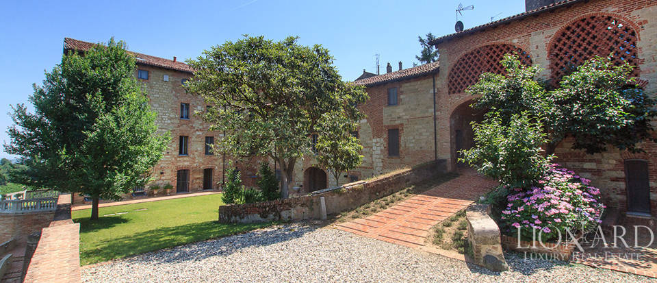 Castles for sale in Piedmont Image 13
