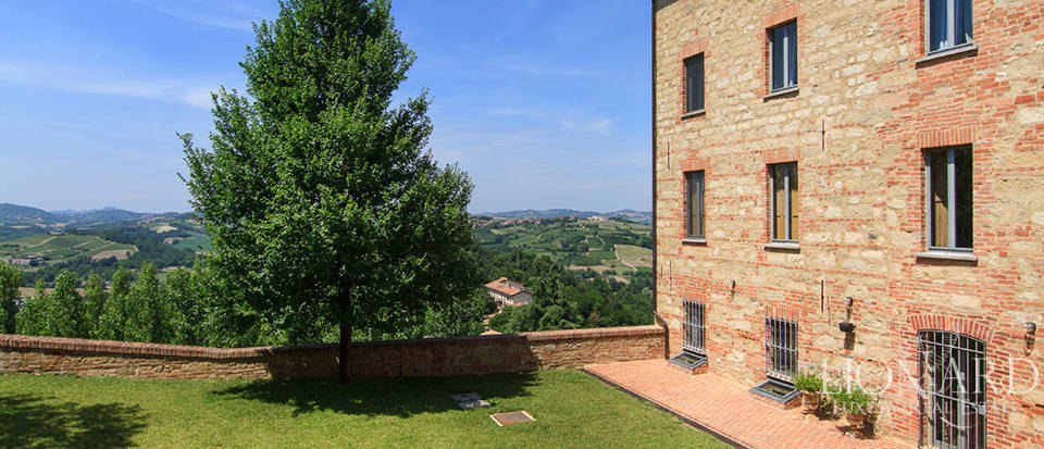 Castles for sale in Piedmont Image 70
