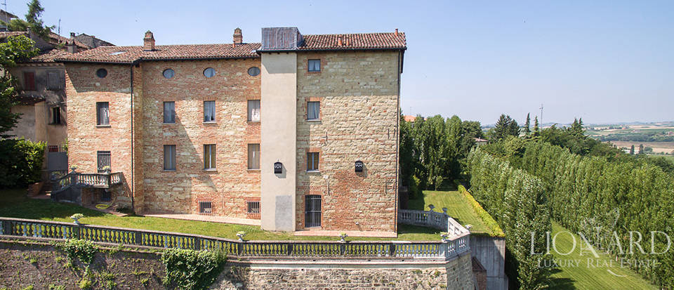Castles for sale in Piedmont Image 22