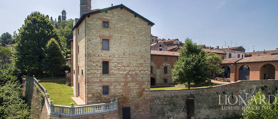 Castles for sale in Piedmont Image 21