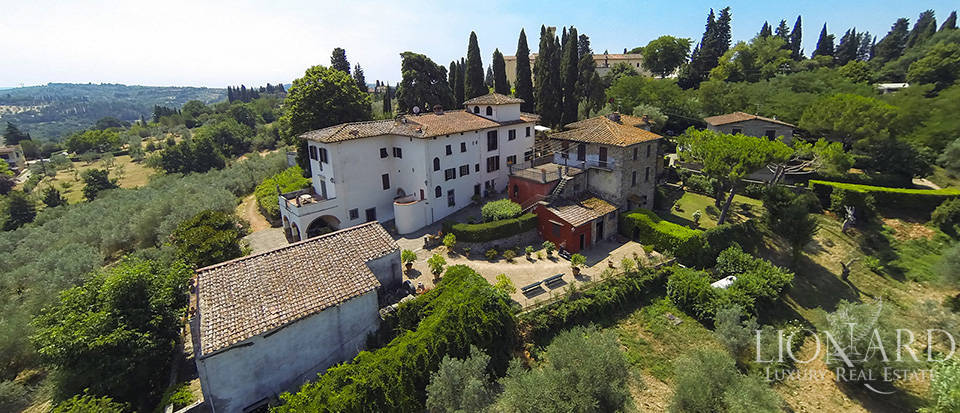 magnificent luxury villa right outside of florence