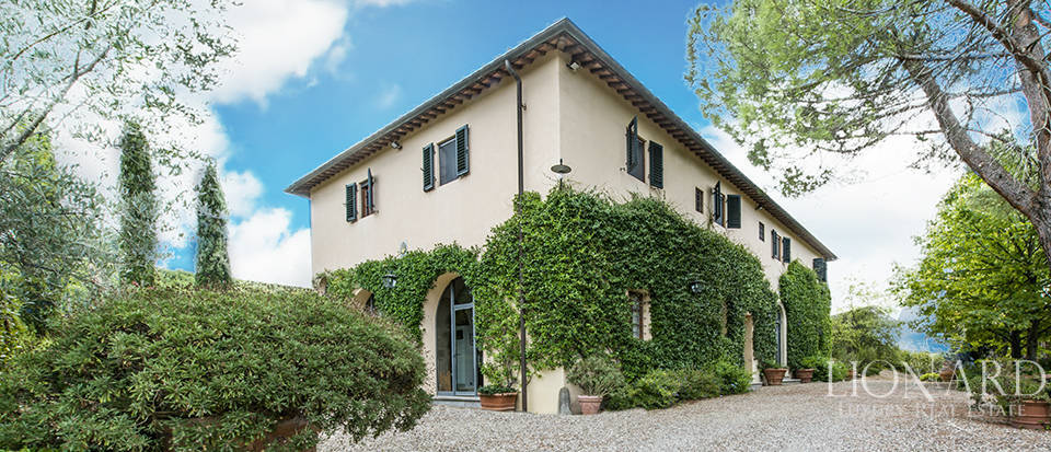Lovely farmstead in the heart of Classic Chianti