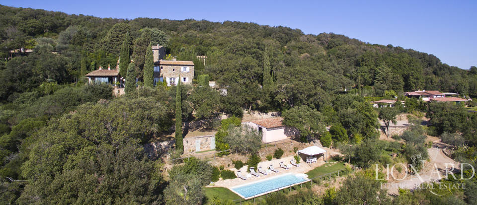 Tuscan-style villa for sale on the Argentario