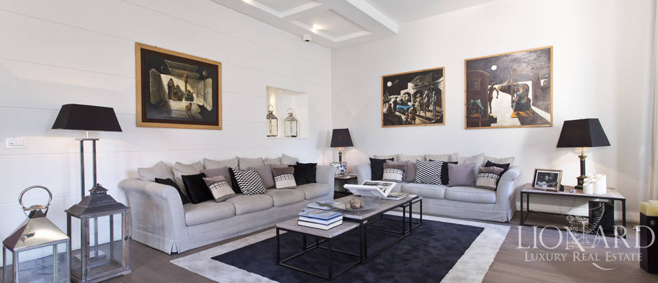 Luxury apartment for sale in Villa Borghese