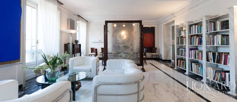 Pretigious penthouse for sale in Milan