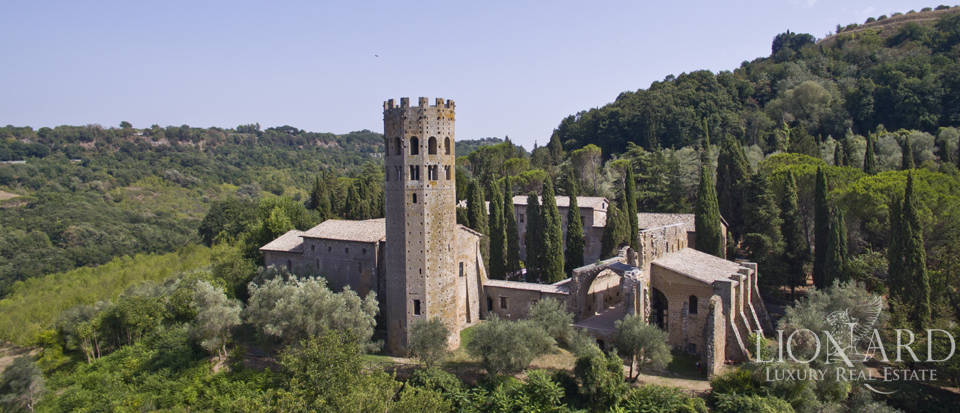 Luxurious hotel for sale in Orvieto