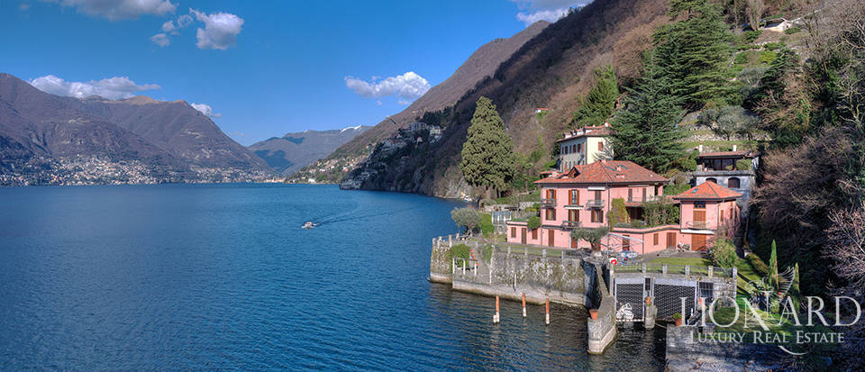 Lake-front apartment for sale in Como