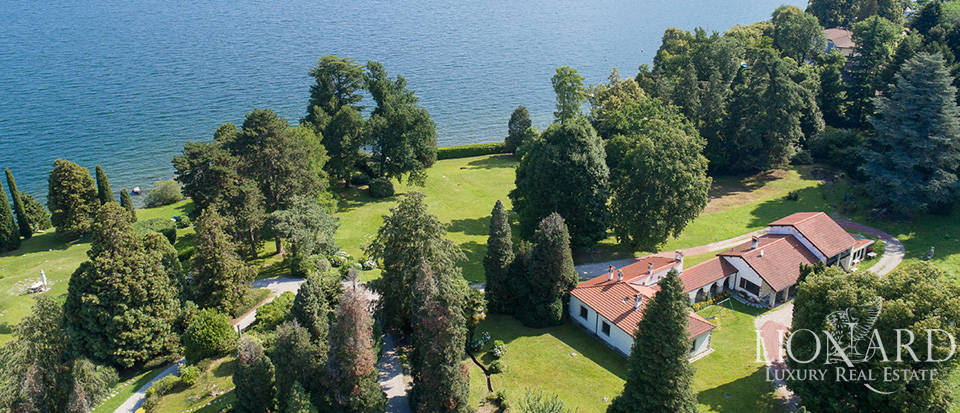 Stunning luxury villa for sale by Lake Maggiore
