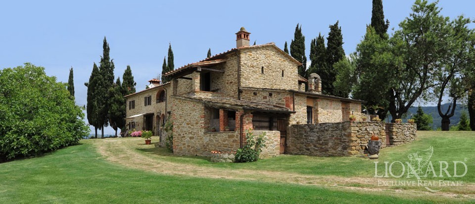 Rustic Property For Sale In Tuscany Lionard