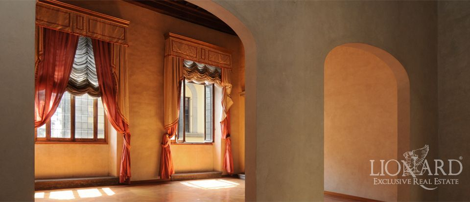 Image 3 florence italy real estate apartments for sale italy for Real estate in florence italy