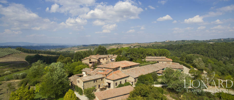 ESTATE FOR SALE IN CHIANTI