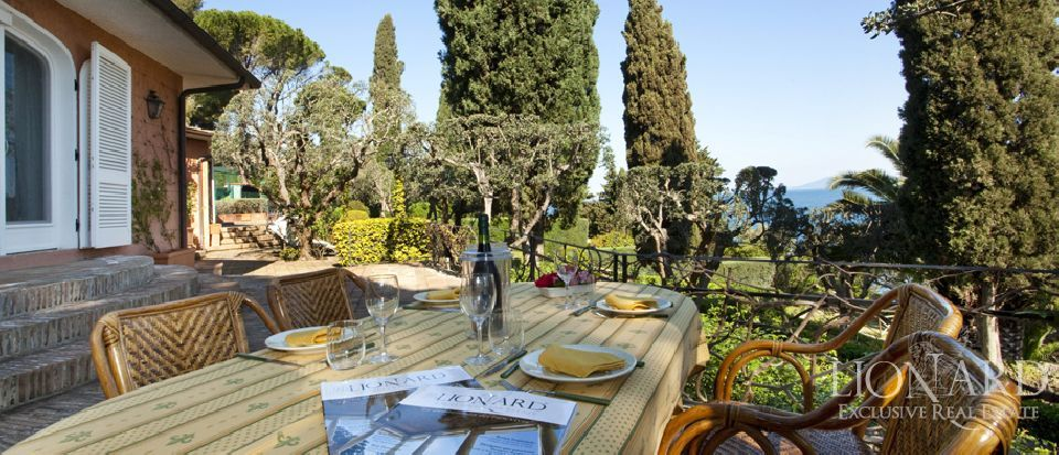 Villa For Sale on the Tuscan Coast