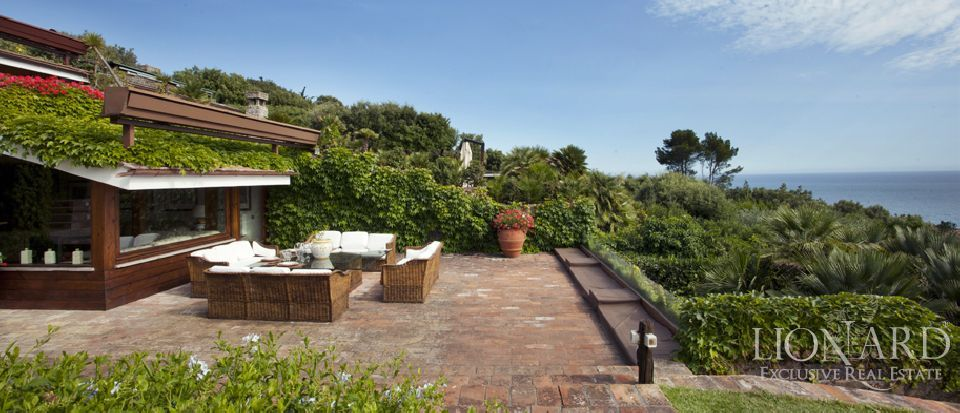LUXURIOUS VILLA FOR SALE ARGENTARIO