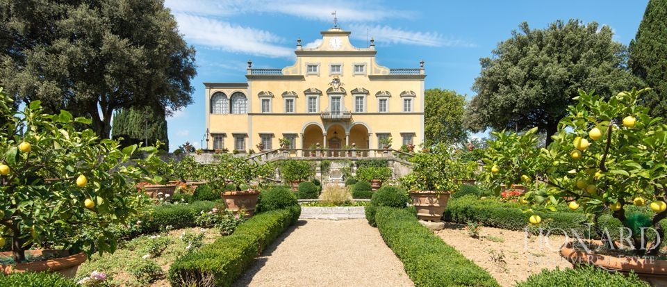 Villa Antinori di Monte Aguglioni for sale in Florence