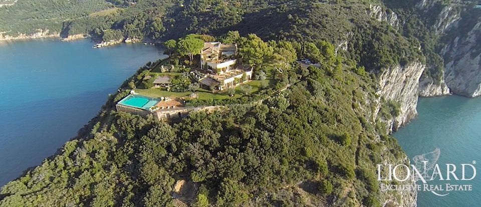 Exclusive luxury Villa with a view in Monte Argentario