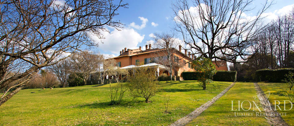 Luxury villa in Rome, area Castelli