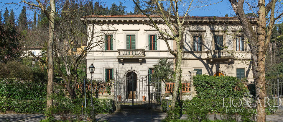 Luxury real estate property for sale in italy lionard for Real estate in florence italy